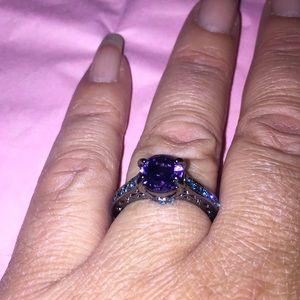 Size 7 purple amethyst and black titanium🥰🔥